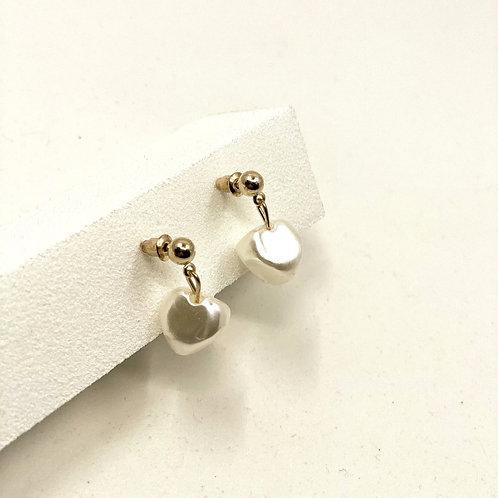 Love Pearls Earrings