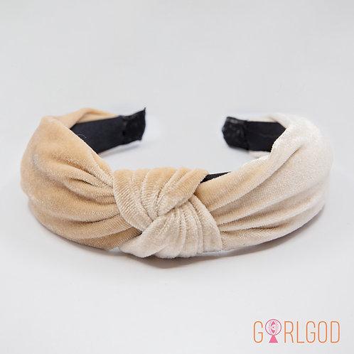 Knot Your Average Headband