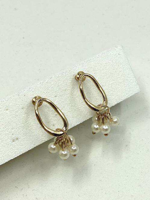 Bold Pearl Earrings