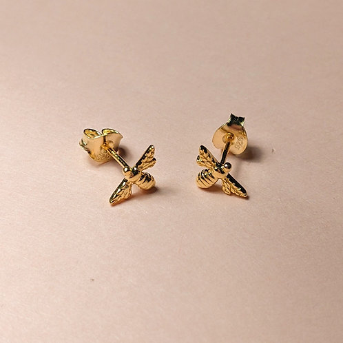 Mini bee studs yellow gold