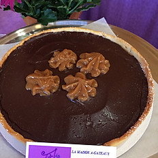 TARTE AU CARAMEL SALE ET CHOCOLAT - SALTED CARAMEL AND CHOCOLAT TART (serving 6-8)