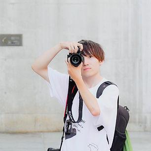 カメラマン 村上君.jpg