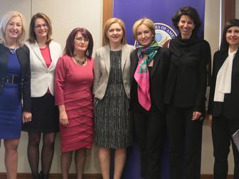 Седем успешни дами в US посолството