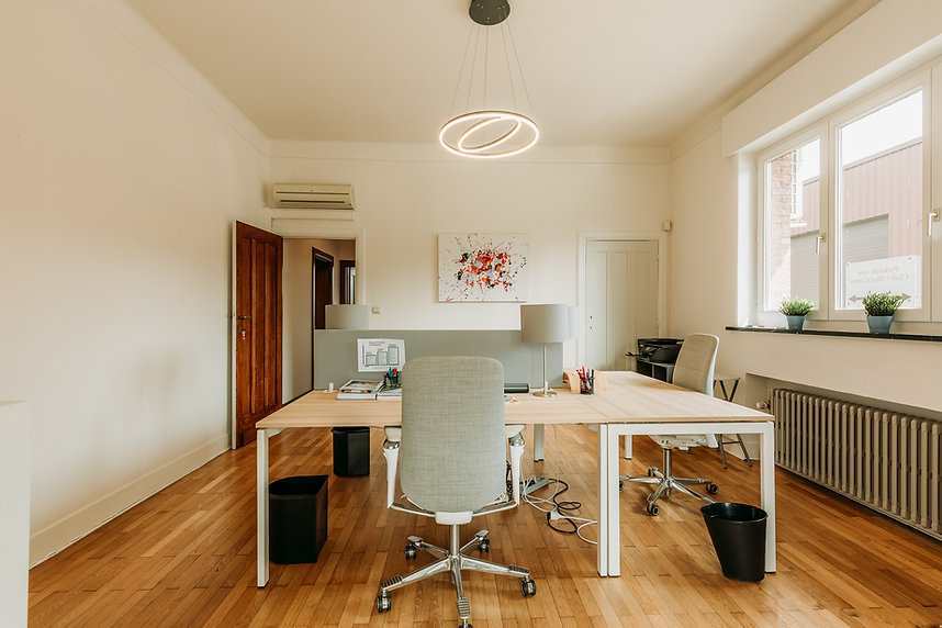shared office spaces A12