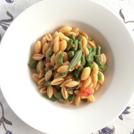 Pasta: Gnocchetti with Beans, Tomatoes & Sage
