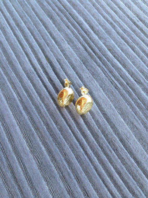 Gold plated hammered studs