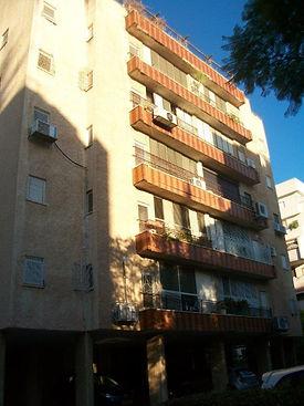 בניין ברחוב הרצל 64 לפני