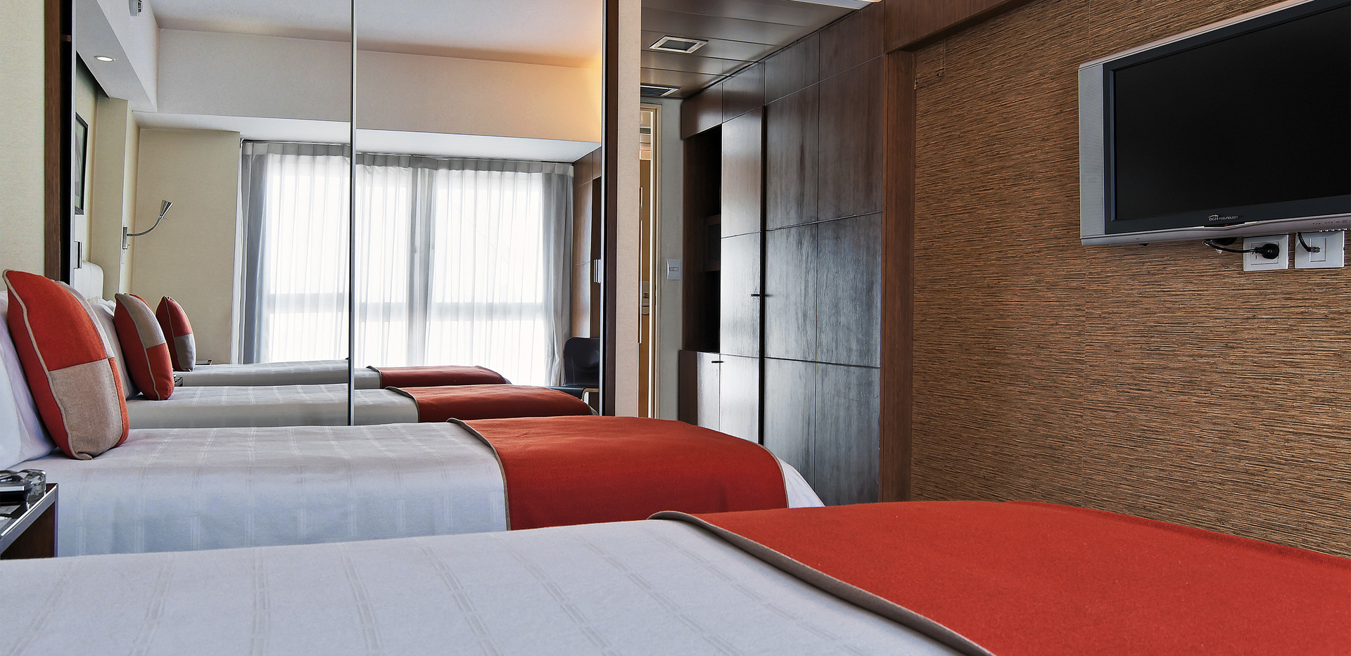 06Regente Palace_08_Suite_04 copy.jpg