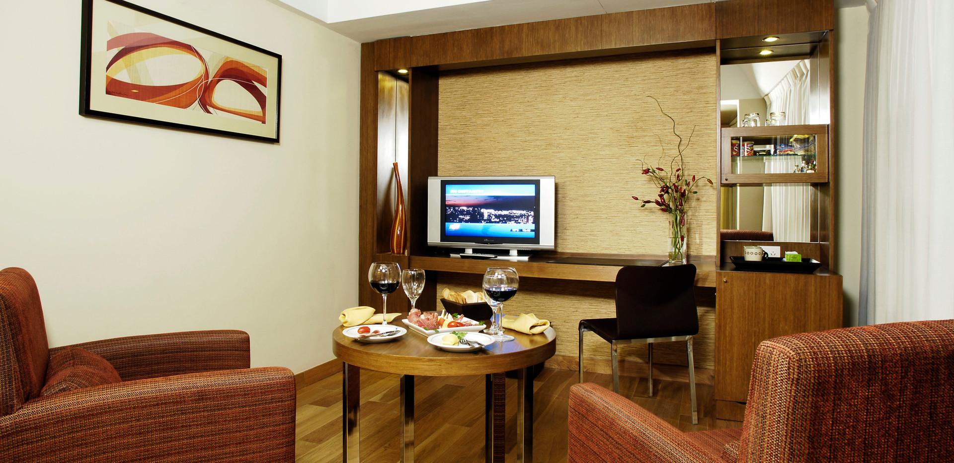 Suite5.jpg