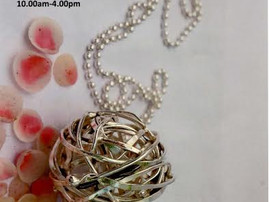 Attending Contrasts Jewellery Fair Hampshire