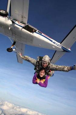 Abeille-Parachutisme---Le-Val-St-Pe-re-1
