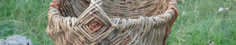 vannerie sauvage vannerie sur arceau en lierre et noisetier
