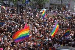 Regenbogen Flaggen