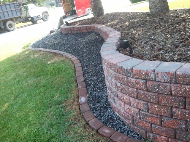 Brick planter.JPG