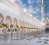 mosque-615415.jpg