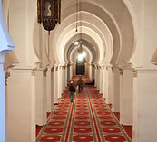 Marrakesh,_inside_of_Koutoubia_Mosque_wi