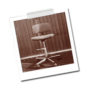 pola-chaise-atelier.png
