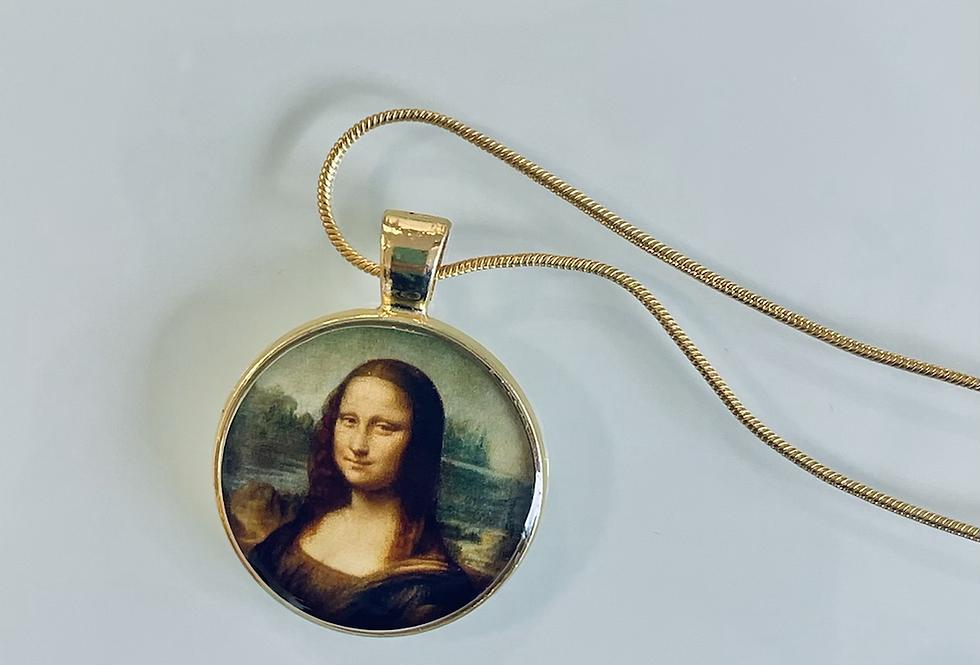Mona Medallion Necklace