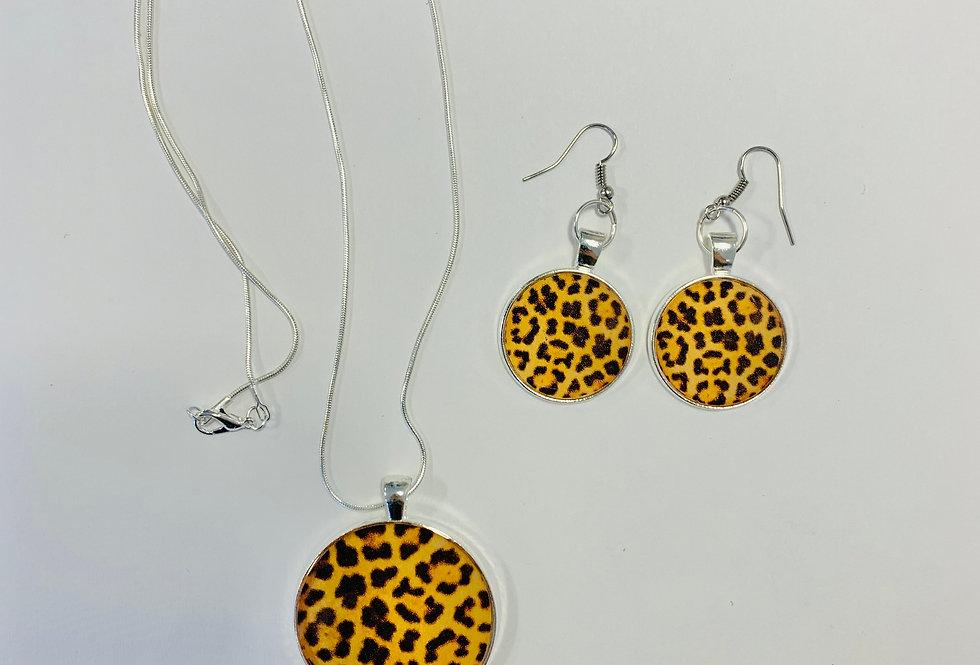 Leopard Print Set: Necklace & Earrings