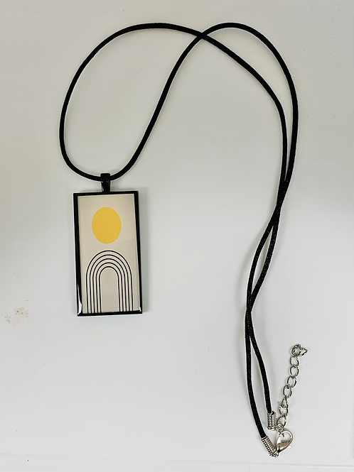 Sunny Lines Necklace