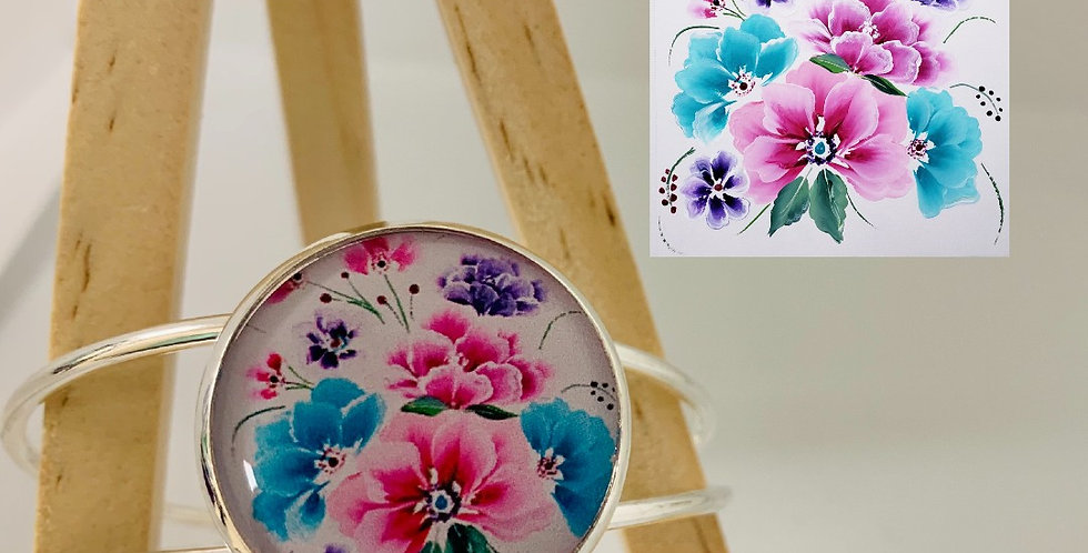 Blooming Kisses Bangle by Kindly Krafted Design