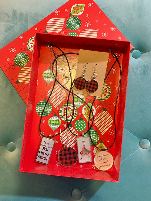 Cozy Holiday 2019 Collection Gift Box