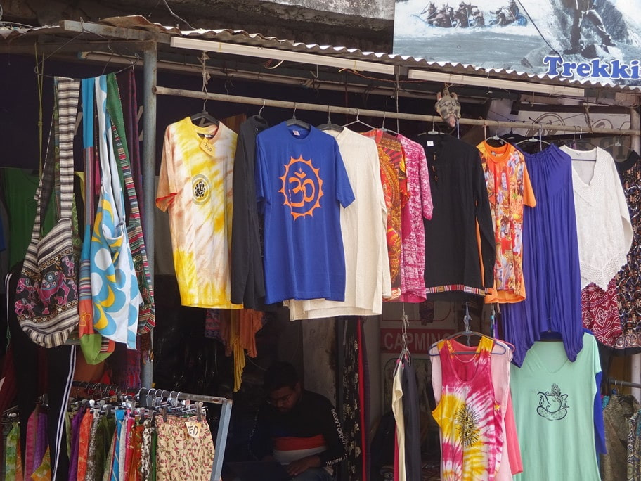 Cloths on sale in Rishikesh