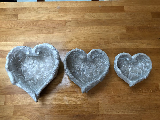 Wing heart dish large