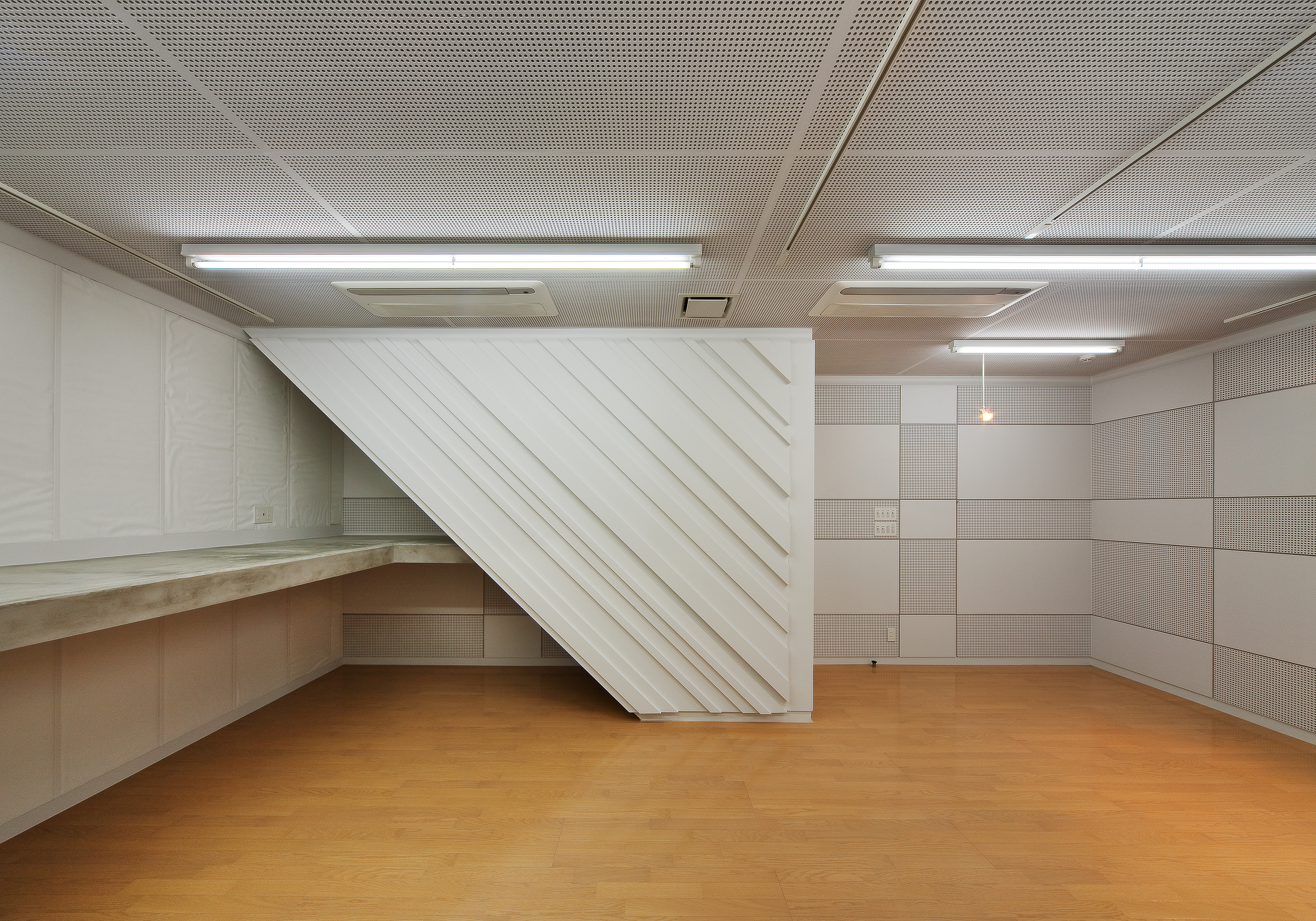 07 地階 音楽室-2