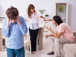 Você sabe quem é quem na trama familiar da mãe abusiva?