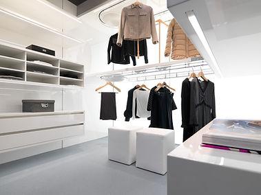 Dynamic_closet_0830.jpg