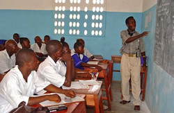 Classroom_at_a_seconday_school_in_Pendem