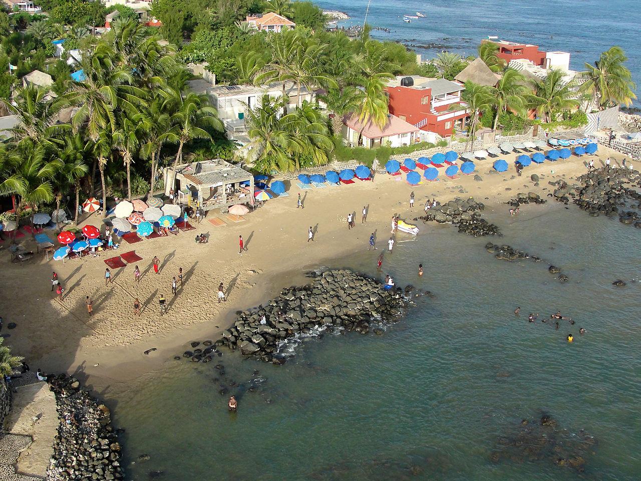 1280px-Ngor_Beach