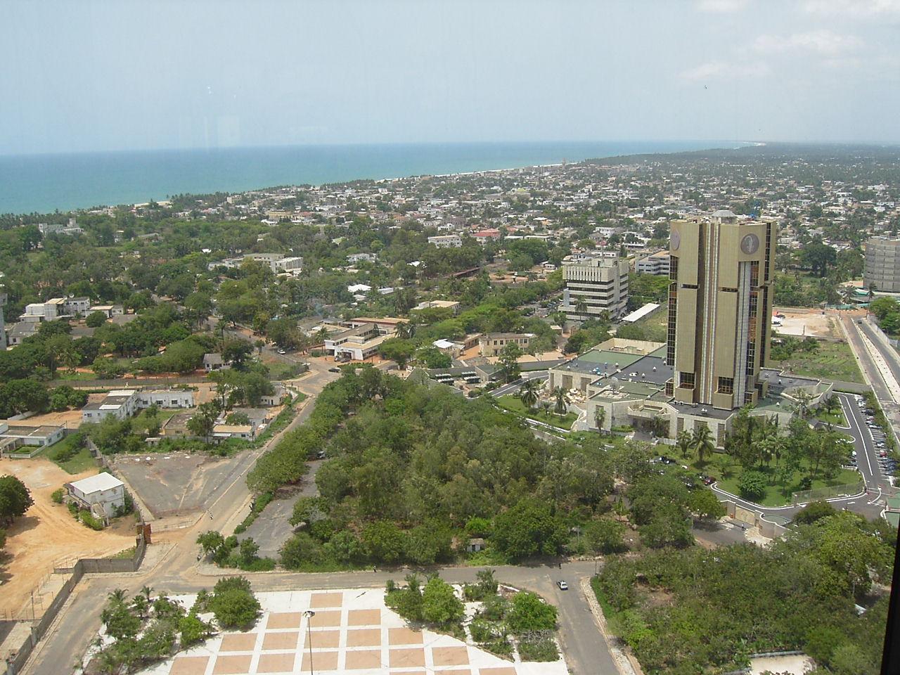 Quartier_des_administrations_(Lomé,_Togo