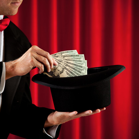 6 Reasons Why You Should Hire a Trade Show Magician