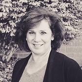 Leigh Kahn | Market Researcher | Brand Mentoring Partner
