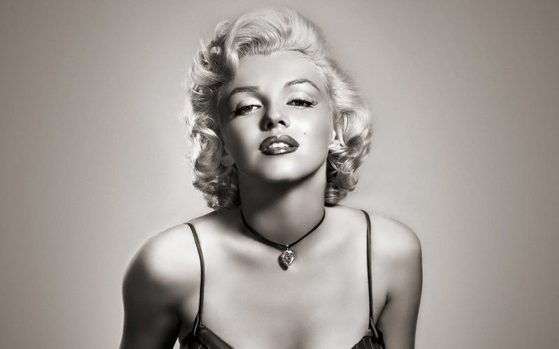 Marilyn Monroe photoshoot empowering women