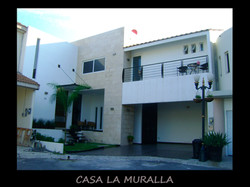 CASA LA MURALLA