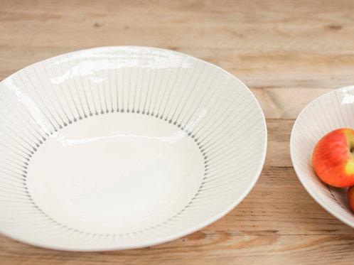 Iba Ceramic Serving Bowl in Grey