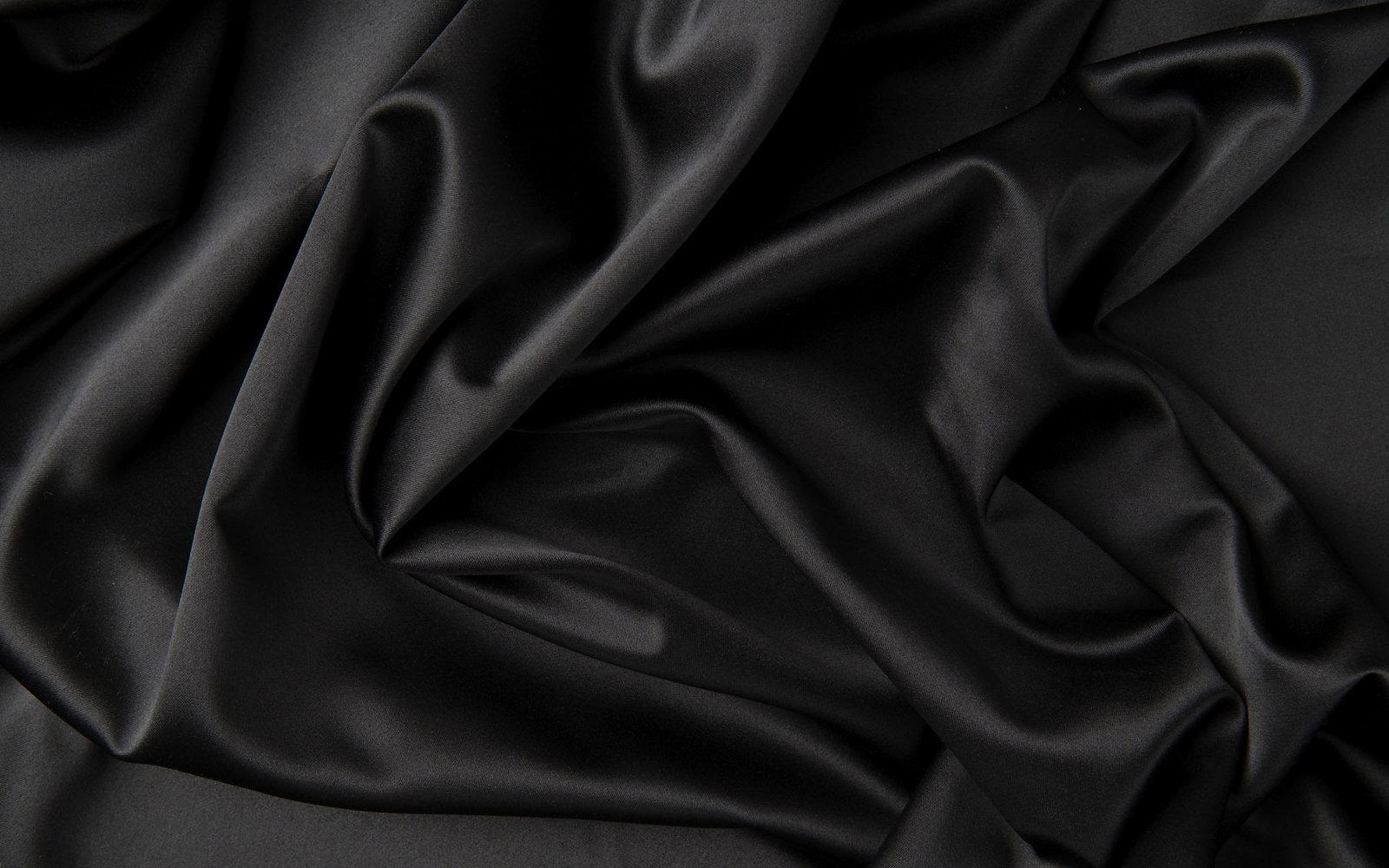 MPlus Black Badge - Excellent / Tough / Slim