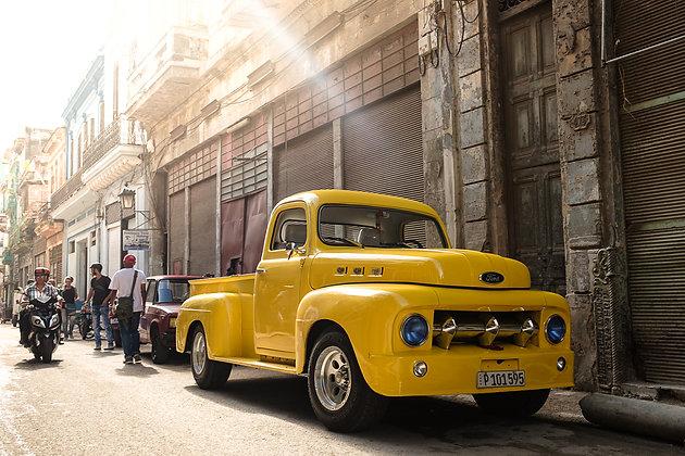 Yellow Pick-up