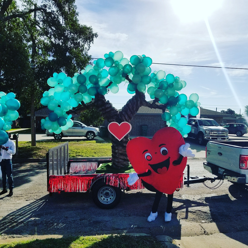 Balloon Tree - Love Oak Pharmacy - Eastland, Texas