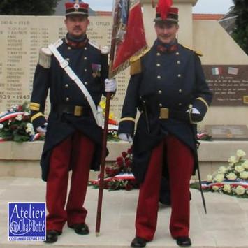 reconstitution-historique-d-uniforme-1914-grande-guerre-big.jpg