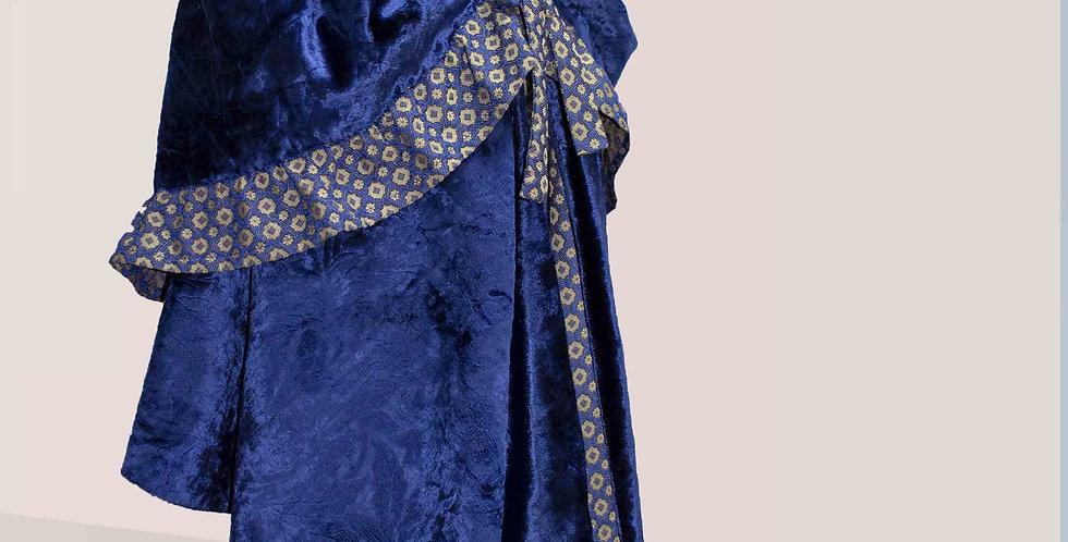 VISITE, grande cape du XVIIIe avec capuche, permet de s'enrouler bien au chaud !