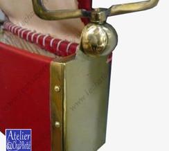 giberne-d-officier-en-cuir-rouge-avec-banderole-coffret-premier-empire-big.jpg