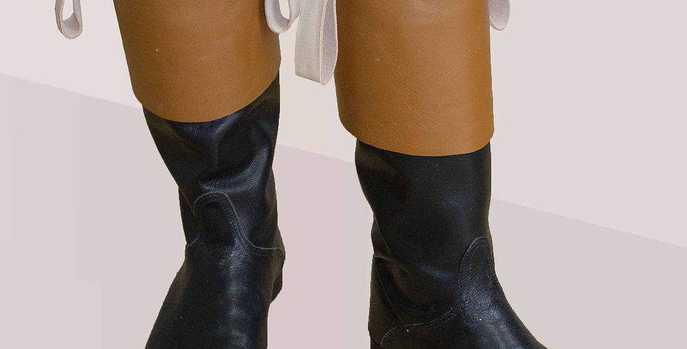 Bottes cuir noir à revers marron, fabrication sur-mesure
