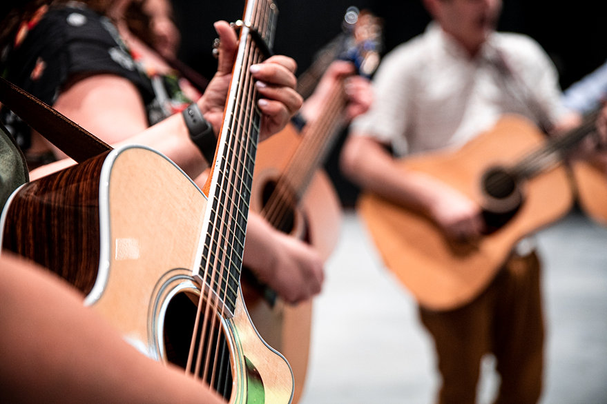 Songleaders playing guitar