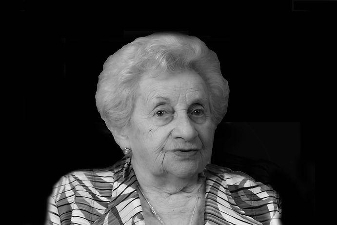 Holocaust Survivor Ella Rosenblatt Crzetowkie