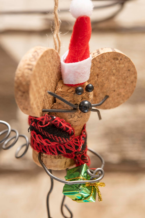 Mouse Ornament with hat