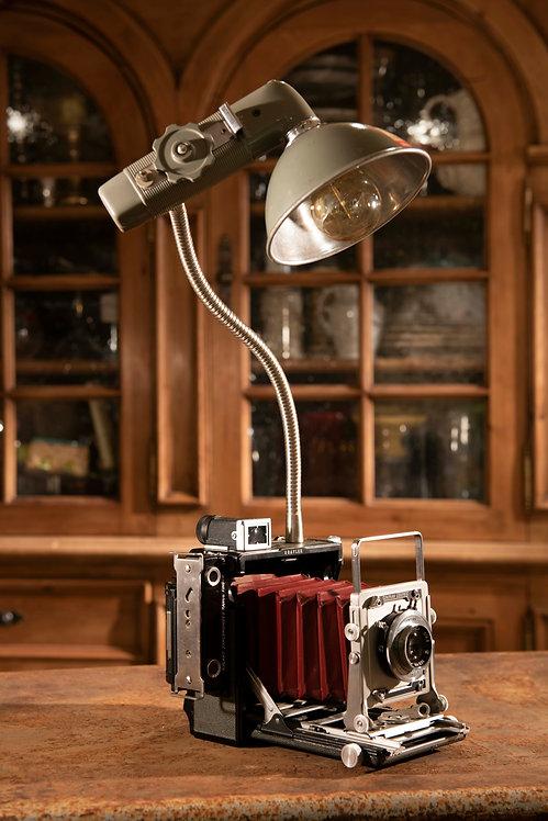 Graflex 1; Camera Lamp